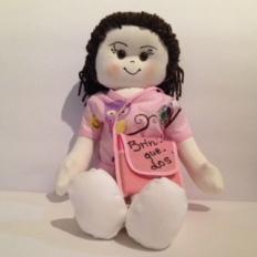Boneca da Enfermeira Juju. Idealização: Juliana Home da Luz. Confecção: Ana Maria Feldmann